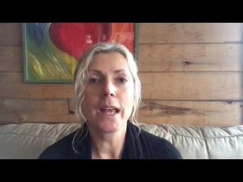 07 ก.พ. 17: Claudia มาที่นี่เพื่อพูดคุยเกี่ยวกับไลฟ์สไตล์และปัญหาด้านสิ่งแวดล้อม …
